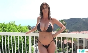 Stepmom alexis fawx uses stepson with reference to fulfill their way licentious needs