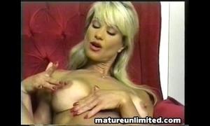 Catalinas hugh tits!!