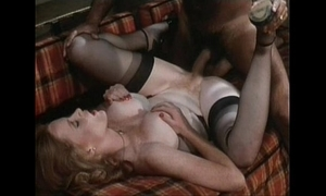 Amanda Off out of one's mind Night  clip - 1982