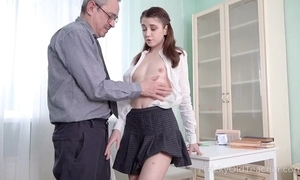 Youthful cutie acquires an alert anal yearn from her school