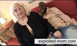 Granny can't live without nefarious cock