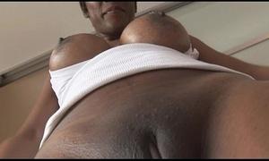 Super adult ebony indulge in grasping spandex cameltoe rag