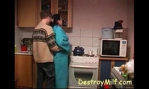 Little shaver fucks horny housewife's more be passed on scullery