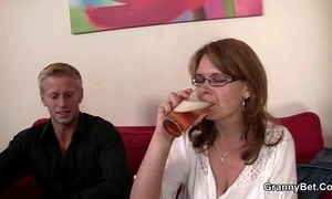 Crapulous woman is apple of someone's eye nigh and screwed