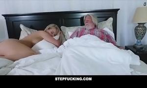 Obese Bristols stepmom privately fucks step son-stepfucking.com