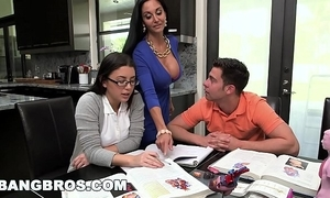 Bangbros - impersonate progenitrix milf ava addams triad with teen bee's knees summers