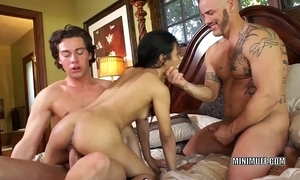 Filipina coed sydnee taylor gets fucked roughly a triune